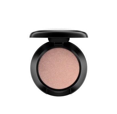 Mac eyeshadow #all that glitters beige with gold pearl