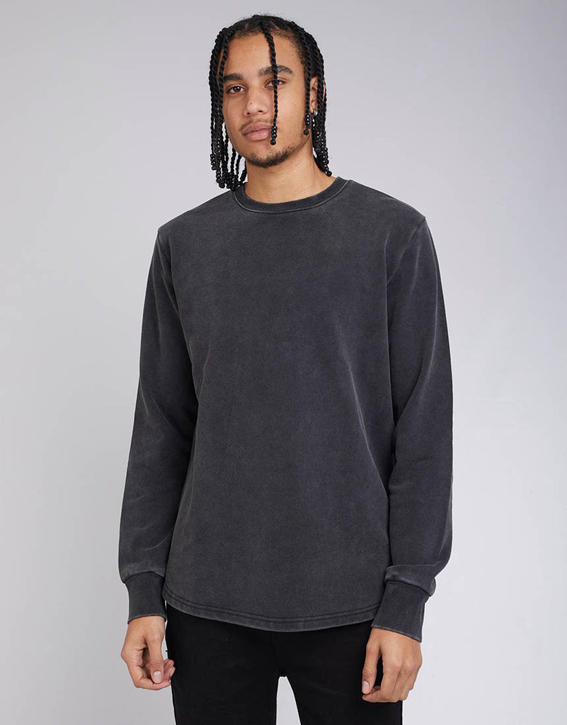 CURVED HEM CREW - WASHED BLACK
