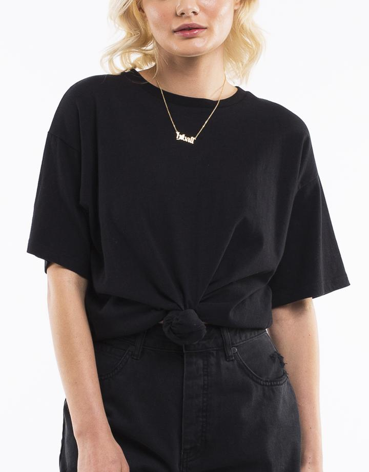 DOWNTOWN TIE TEE - BLACK