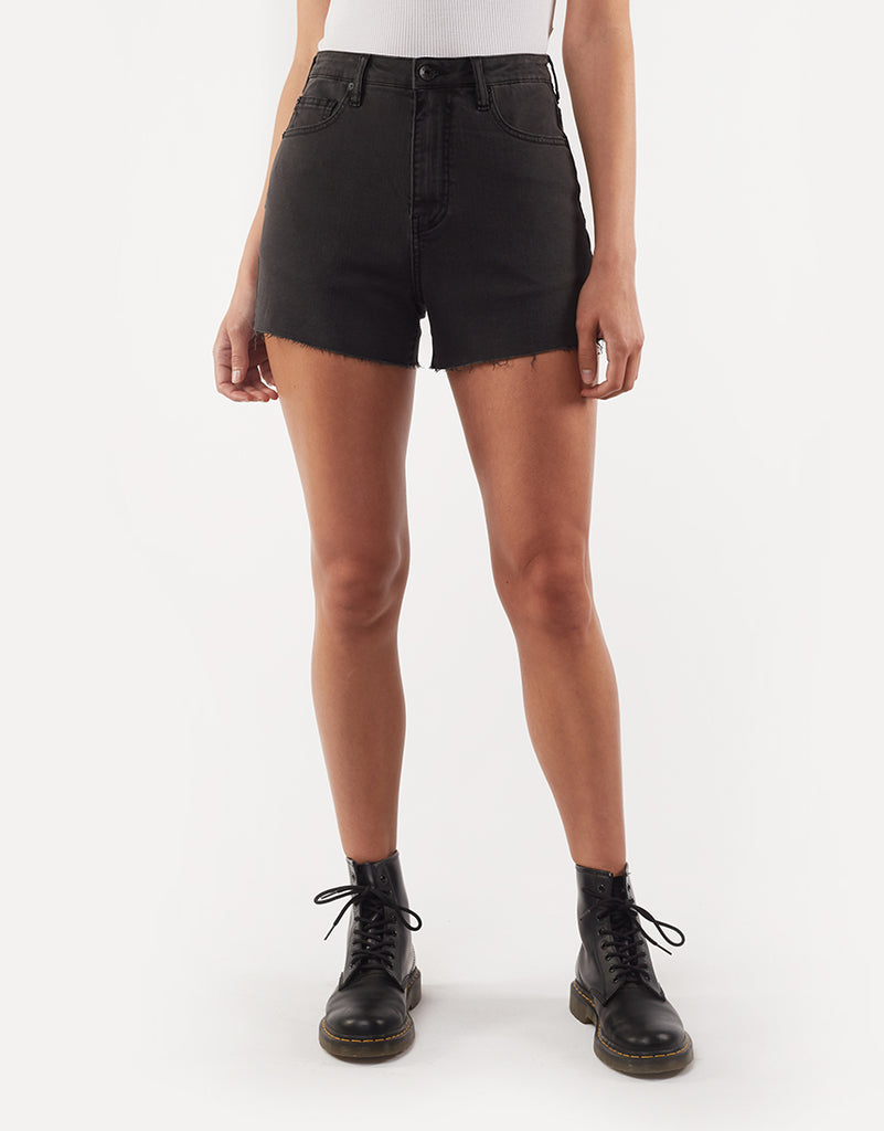 Brooklyn Cut Off Short Washed Black