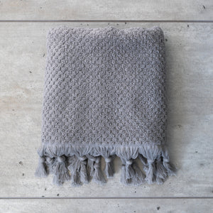 TASSEL HAND TOWEL PALE GREY