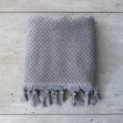 TASSEL TOWEL PALE GREY