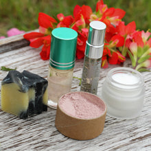 Load image into Gallery viewer, Face Care Gift Box - The Healthy Farm Girl
