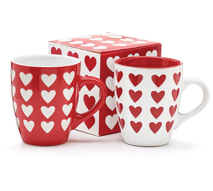 MUG RED OR WHITE EMBOSSEd WITH HEARTS