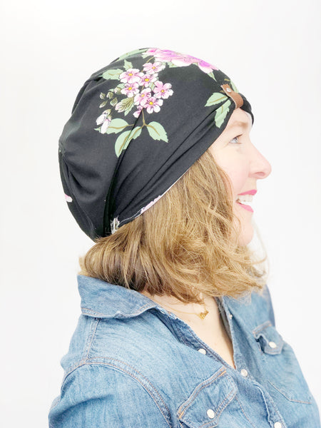 Women's Stretch Reversible Hat, Soft Cotton Beanie, White with Figs on Black with Pink and Purple Flowers, Size Large, L365