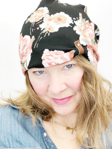 Women's Stretch Knit Hat, Soft Cotton Reversible Beanie, Black with Coral Floral Print, Size Large, L355