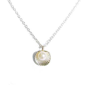 Oriental Pearl Seashell Necklace