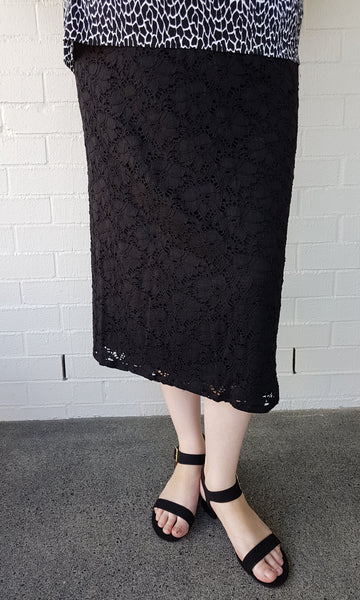 TRINITY STRAIGHT SKIRT WITHOUT POCKETS (LACE) - ST 58 LCE