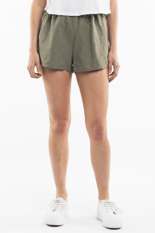 ALL ABOUT EVE Amara Short Khaki 34782