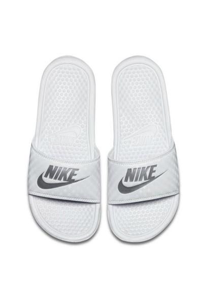 NIKE Benassi JDI Sandal Light White/Metallic Silver 30012