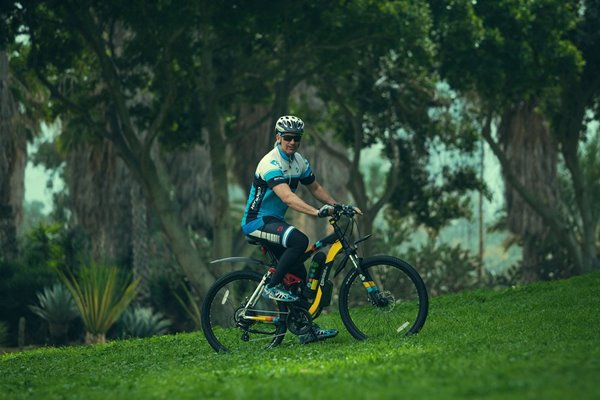 GreenBike - Electric Motion Enduro 350W 48V Full Suspension Mountain eBike Lifestyle2