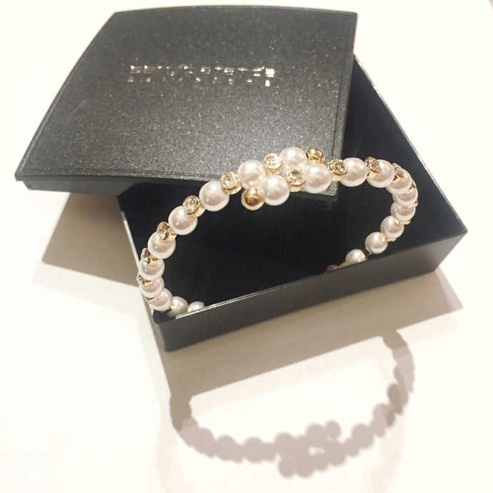 Bracelet with zirconia and pearls