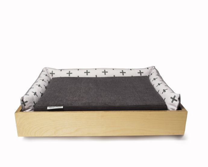 THE SNUGGLER BED in Carbon & Grey Print