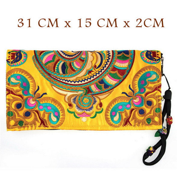 Pavia | Ethnic Embroidered Design Cardholder Wristlet