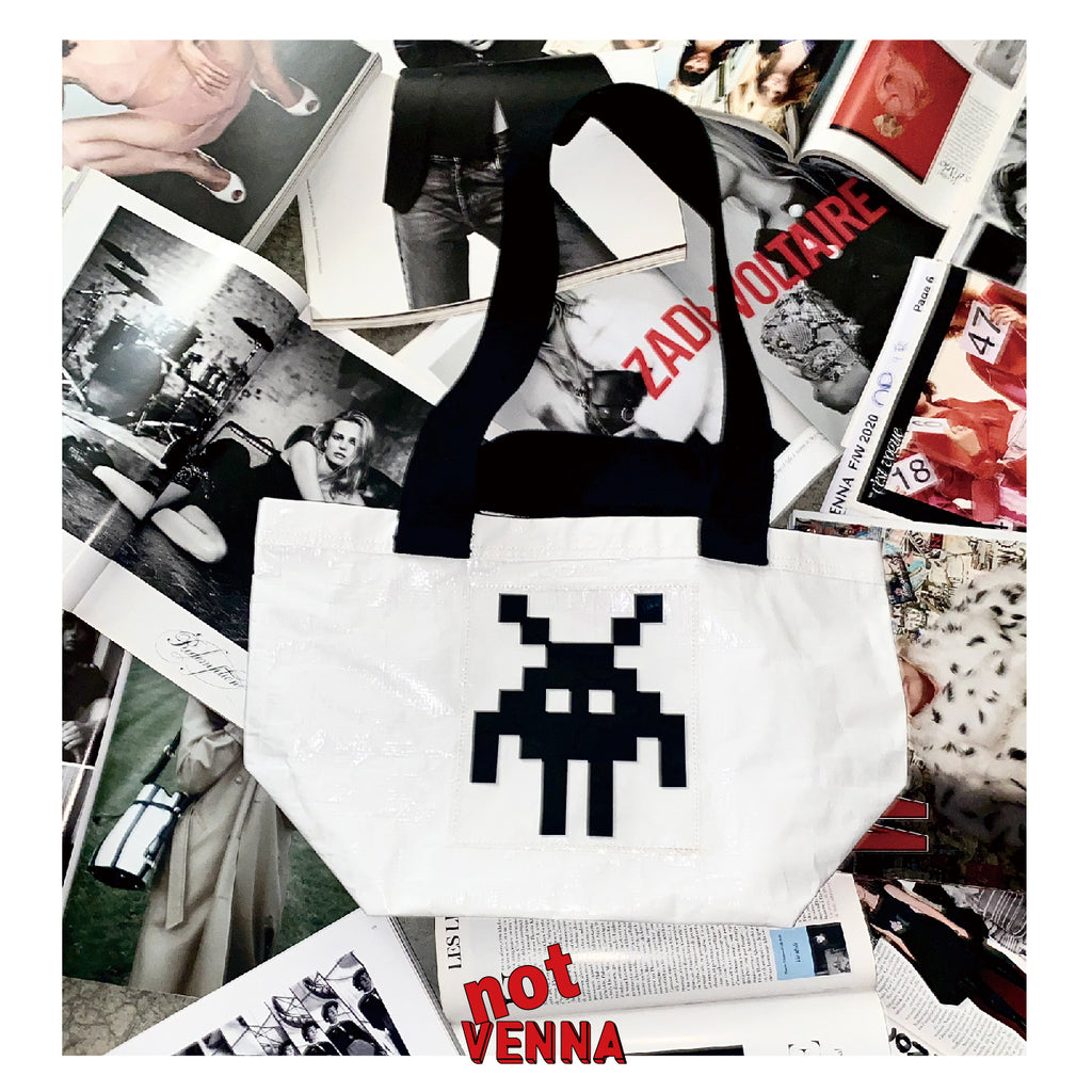 Not VENNA LITTLE MONSTER PIXEL BAG