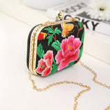 Beautiful Embroidery Handbag 011219