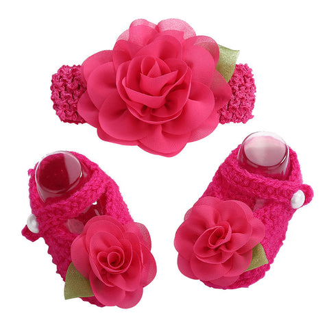 Newborn Collection (Set) : Magenta Flowers Woolen Shoes & Headband For Newborn Baby Girl (In One Set)! (Item Code : NCM1)