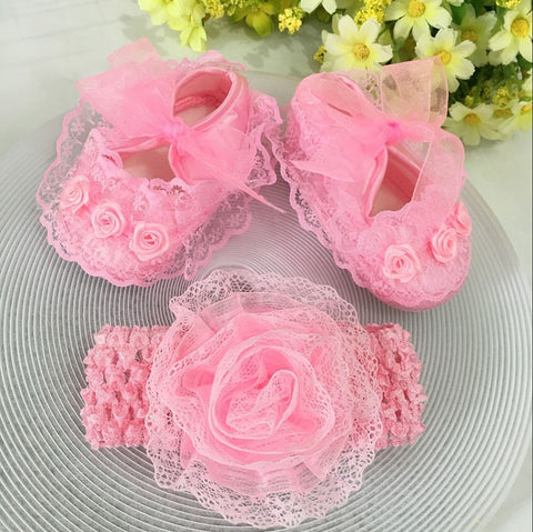 [Spring Sale + FREE Shipping]  --- Pink Flowers Shoes & Princess Lace Headband For Cute Baby Girl (In One Set)!