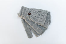 knitted gloves for photographers grey