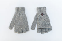 Knitted grey fingerless gloves for photographers