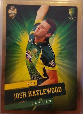 2015-16 Tap'n'play CA BBL 05 Cricket, Gold Parallel, Josh Hazelwood, #21