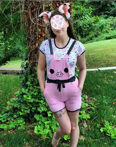 "Lil Piggy ""Bubble Shortalls"" with pockets Designed by kerokerokouhai"