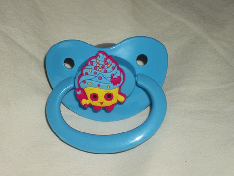 Shop Food pacifier CP343 CUPCAKE