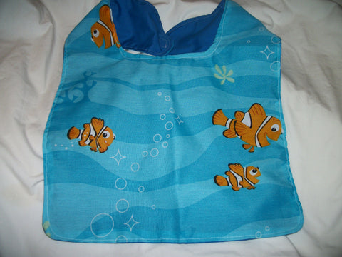 "Cartoon Movie Fish Bib AB450 11""X14"""