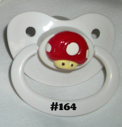 Video Game M pacifier CP164 RED MUSHROOM