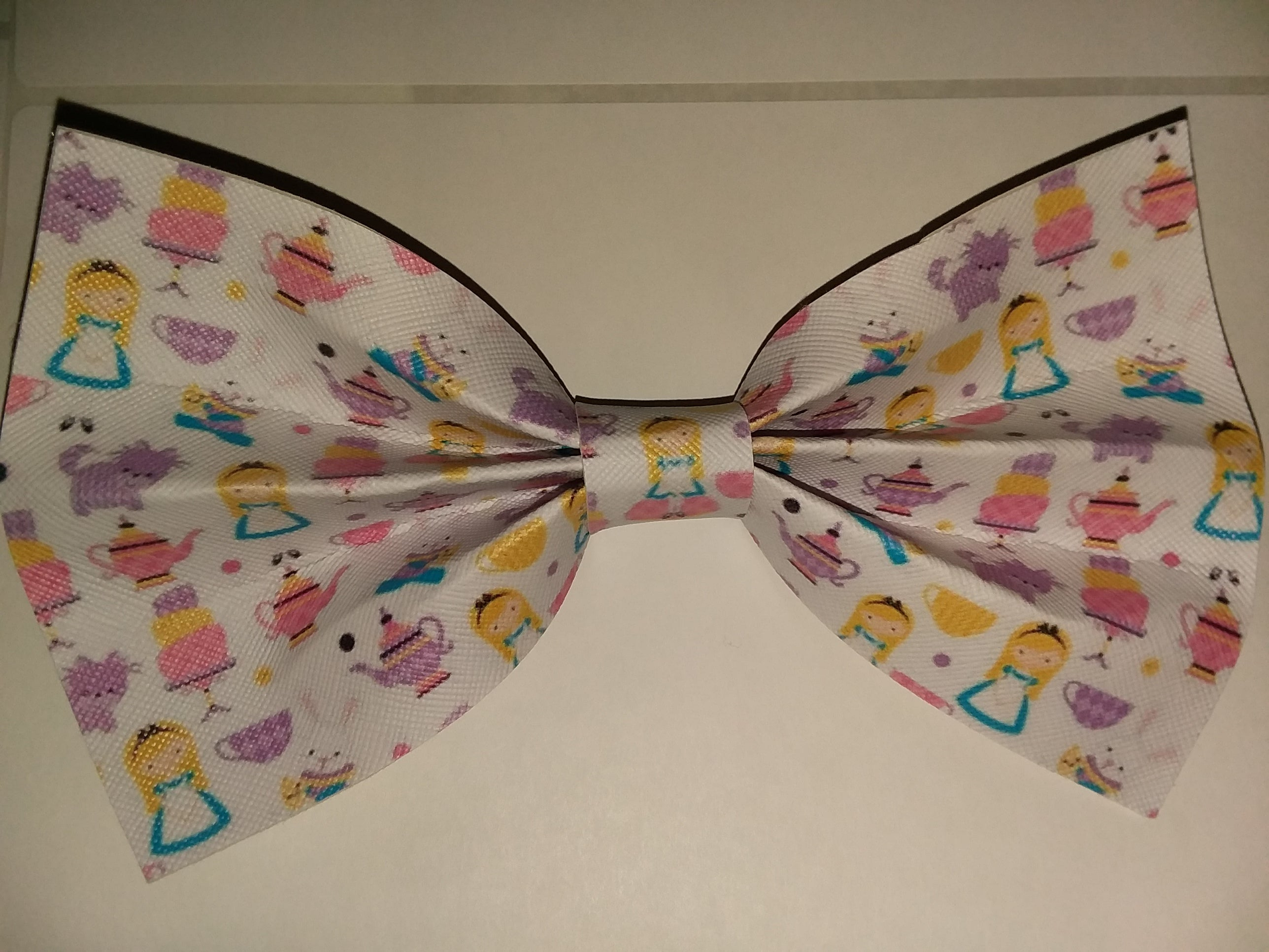 """Alice synthetic leather Hair Bows Large 6.5"""" - 7"""""""