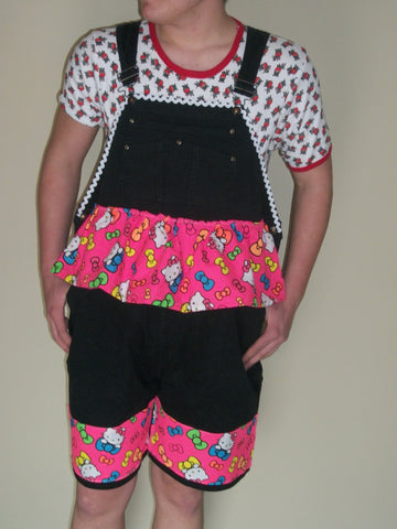 OAS69 HELLO KITTY SHORTALLS
