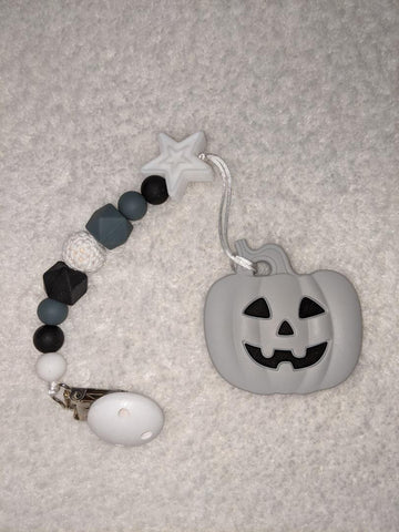 SILICONE TEETHER CHEWING TOY PACIFIER CLIP PUMPKIN TC1283