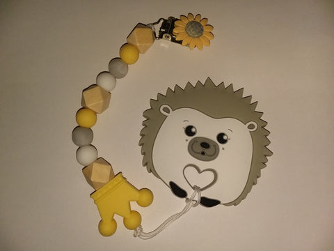 SILICONE TEETHER CHEWING TOY PACIFIER CLIP PORCUPINE HEDGEHOG TC407