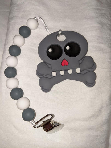 SILICONE TEETHER CHEWING TOY PACIFIER CLIP Skull TC996