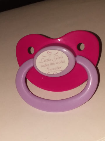 LITTLE GIRLS MAKE THE WORLD SWEETER Lifestyle pacifier CP1008