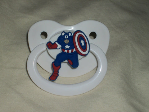Hero CAPT USA SHIELD pacifier cp1202