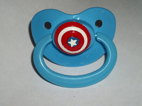 Hero Capt USA Shield  pacifier cp1211
