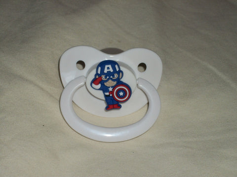 Hero CAPT USA SHIELD  pacifier CP340