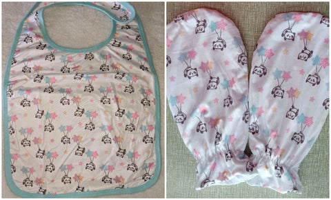 LIL PANDA MATCHING 2pc Bib Mittens Set