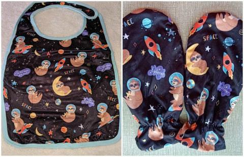 SLOTHS IN SPACE MATCHING 2pc Bib Mittens Set