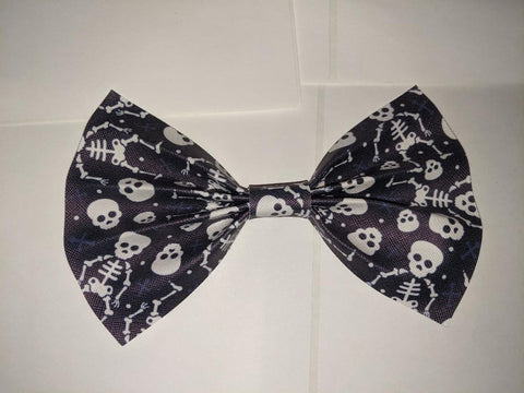 "Skull synthetic leather Hair Bows Large 6.5"" - 7"""