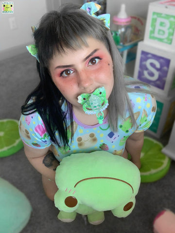 Froggie Treats Onesie DESIGNED BY KEROKEROKOUHAI