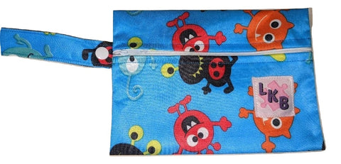 MONSTERS CARRYING CASE BAG