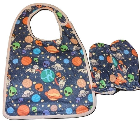 Lost in Space Matching 2pc Bib Mittens Set Designed by @littlepastelalien