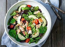 Grilled Salmon and Avocado Salad