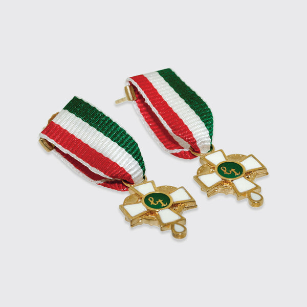 Earrings ribbon green white red gold medal the cutest Brigitte Tanaka