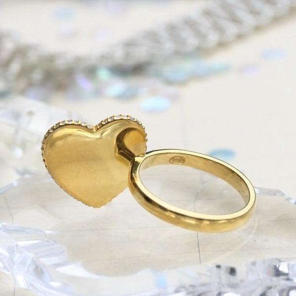 Valuable diagonal heart ring