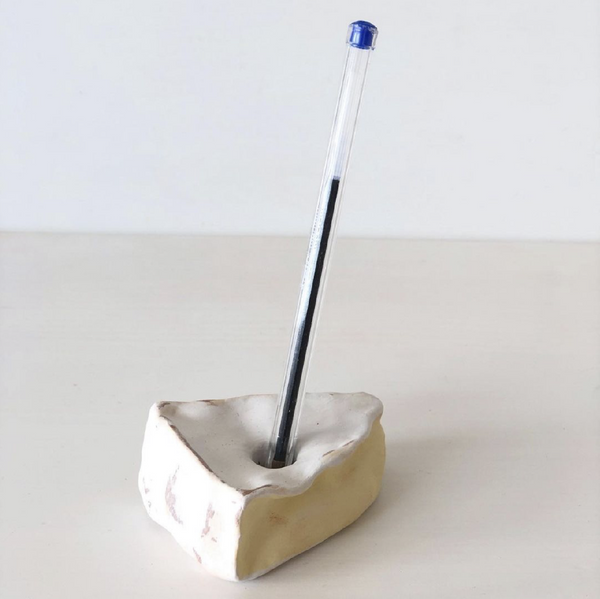 Camembert pen holder