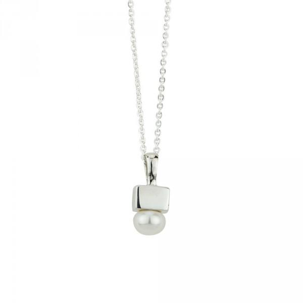 BR PEARL CUBE NECKLACE