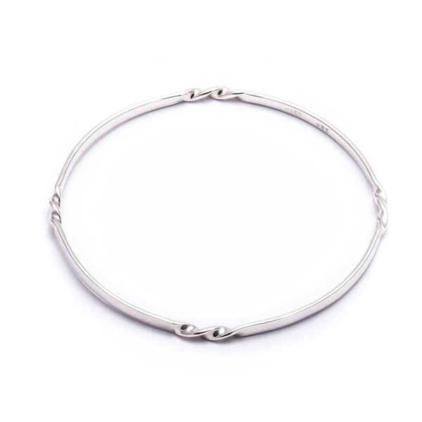TMBB 9 FLAT TWISTED MINI BANGLE